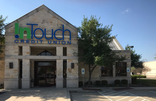 Exterior Shot of Warren Branch in Texas During the Day
